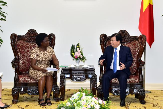 Phó Thủ tướng Trịnh Đình Dũng tiếp Phó Chủ tịch Ngân hàng thế giới