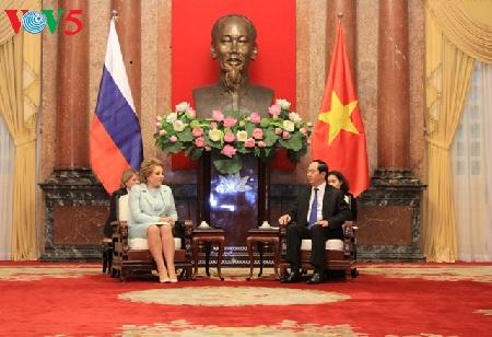 Chủ tịch nước Trần Đại Quang tiếp Chủ tịch Hội đồng Liên bang Quốc hội Nga