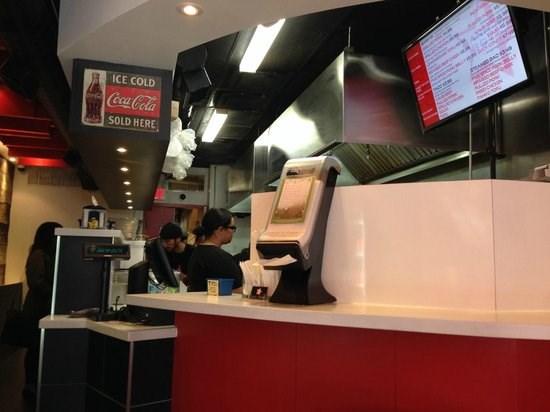 ร้านอาหารเวียดนามติดรายชื่อร้านอาหารที่อร่อยที่สุด๑๐๐แห่งในประเทศแคนาดา