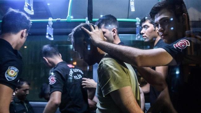 Turkey to arrest 400 people over coup attempt