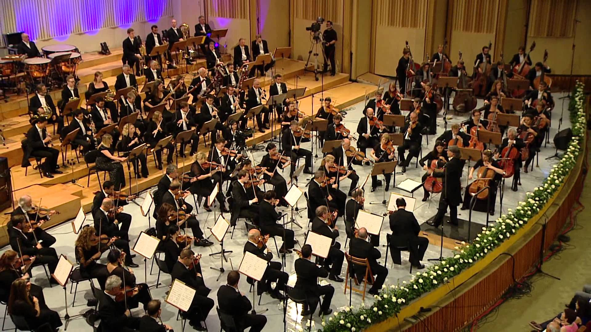 London Symphony Orchestra to perform in Hanoi