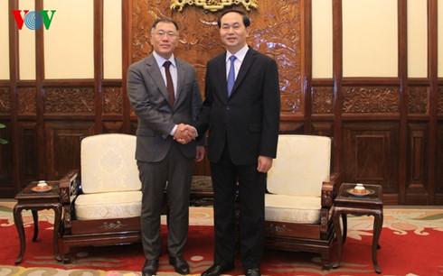 Trân Dai Quang reçoit le vice-président du groupe Huyndai