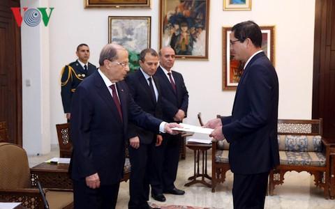 Le président libanais souhaite renforcer les relations avec le Vietnam
