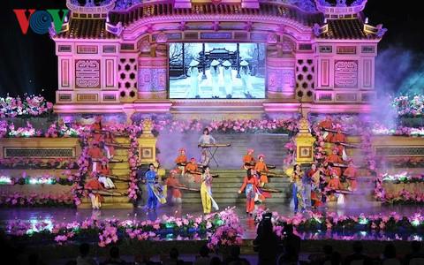 Hue : Ouverture du festival des métiers traditionnels
