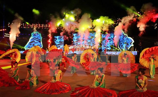 Ouverture de la semaine touristique de Halong