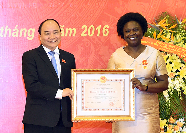 Victoria Kwakwa awarded with Friendship Order