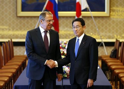jepang dan rusia mengadakan dialog tentang keamanan regional dan sengketa wilayah hinh 0