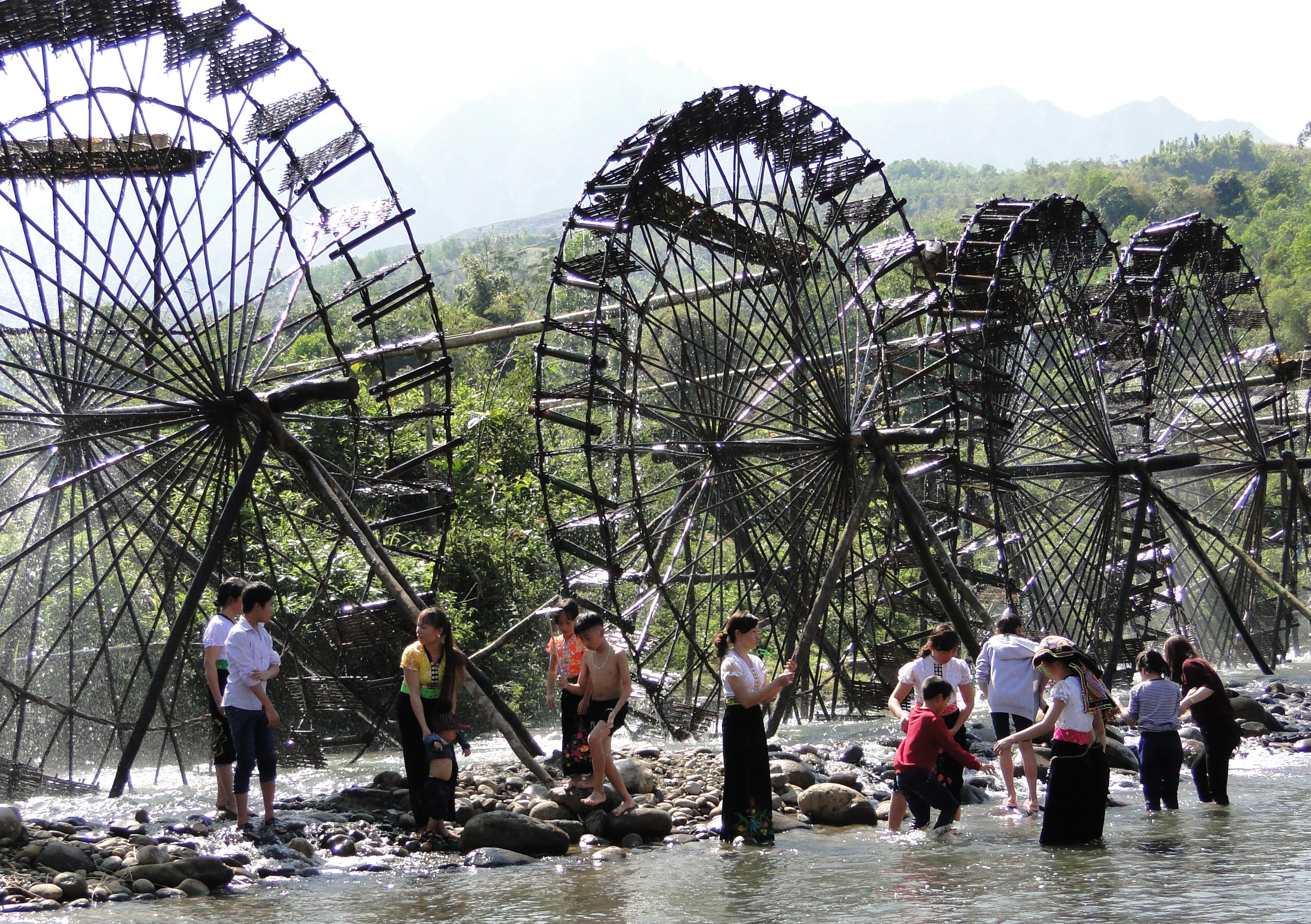 jentera air di kecamatan ban bo-bangunan yang kreatif dan  unik dari warga etnis-etnis provinsi lai chau hinh 0