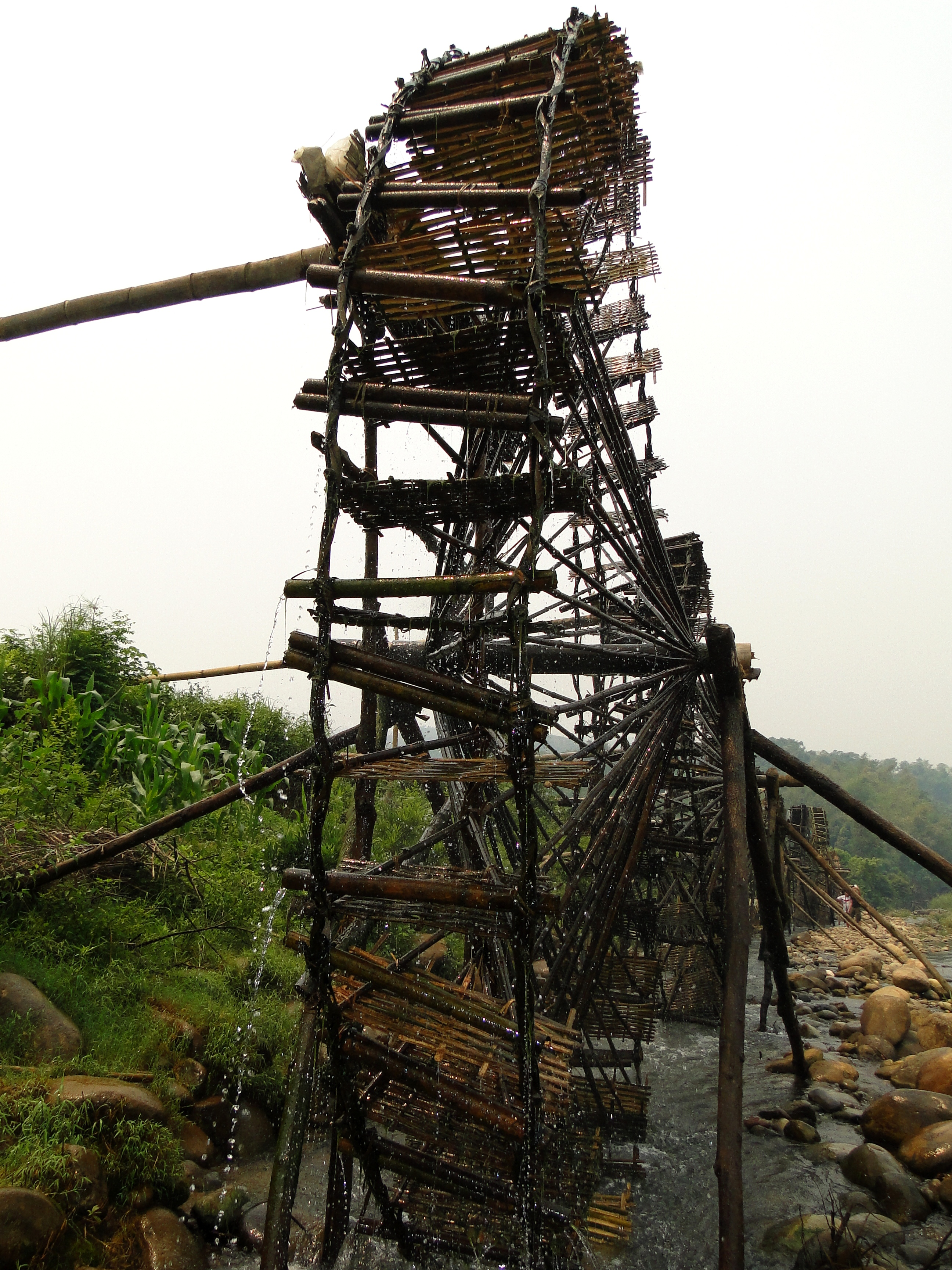 jentera air di kecamatan ban bo-bangunan yang kreatif dan  unik dari warga etnis-etnis provinsi lai chau hinh 4