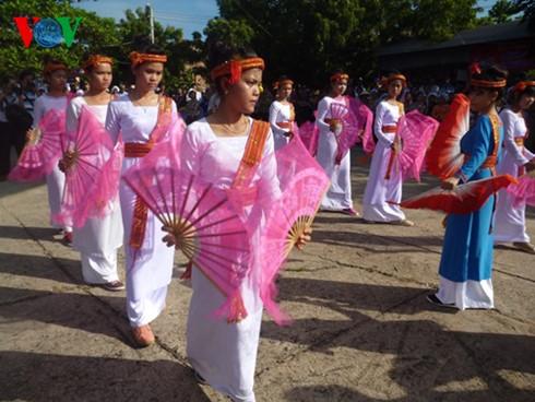 ヘトナム観光 魅力を活かして観光客を誘致 hinh 1