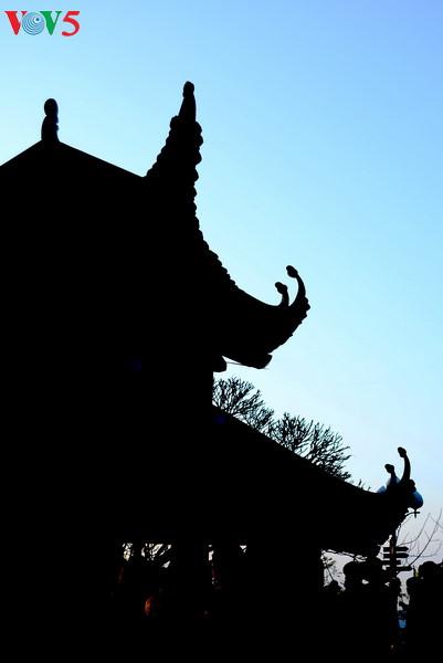 イェントゥ、仏門の日の出 hinh 10