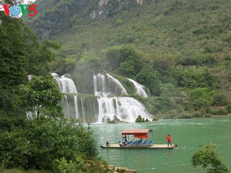 東南アシア最大の滝「ハンソク」滝 hinh 13