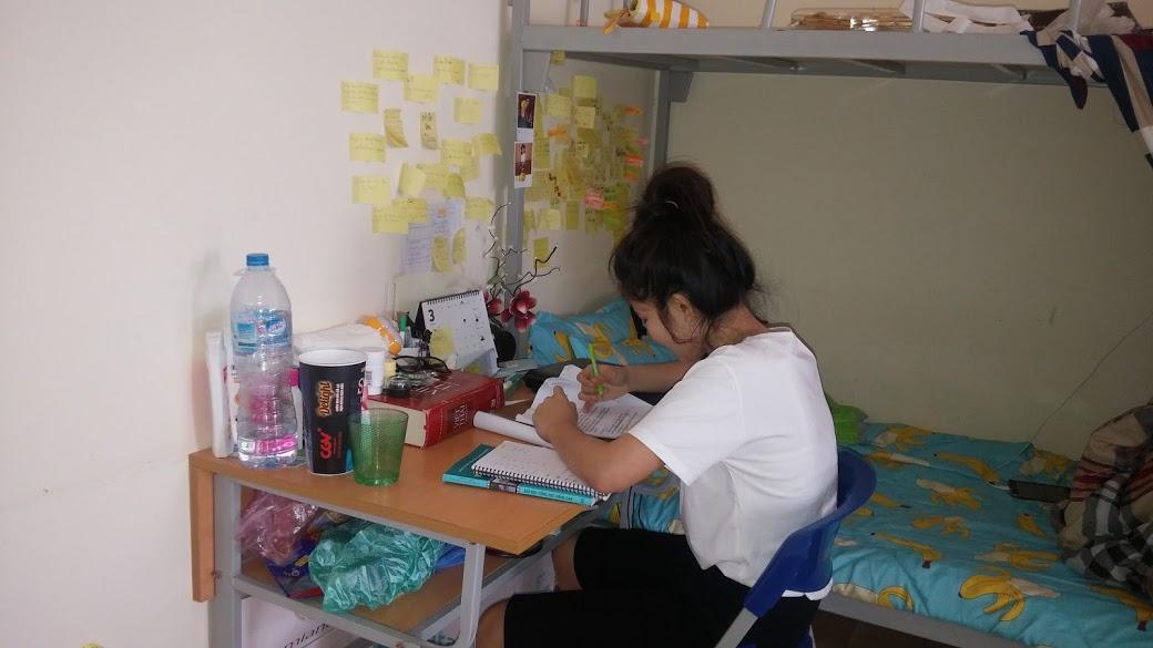 para mahasiswa thailand di kota hanoi hinh 0