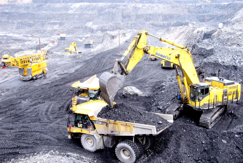 quang ninh to offer coal mine tours to tourists  hinh 1