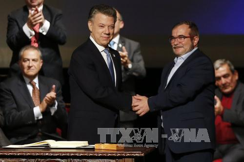 Colombia: FARC registers as a political party