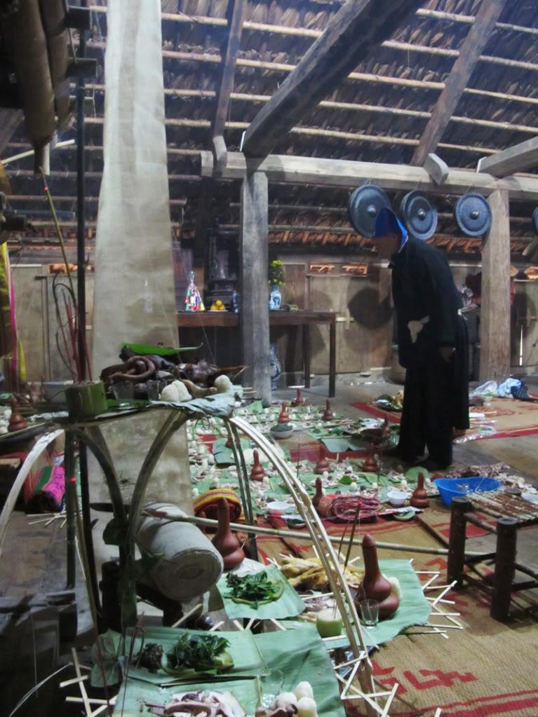 Religious rituals of the Muong Colorful Vietnam-Vietnam's 54 ethnic groups