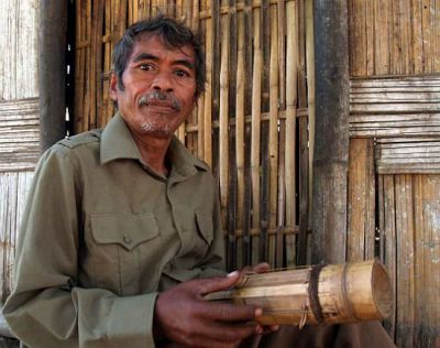 Chapi musical instrument reflects the Raglai soul Colorful Vietnam-Vietnam's 54 ethnic groups