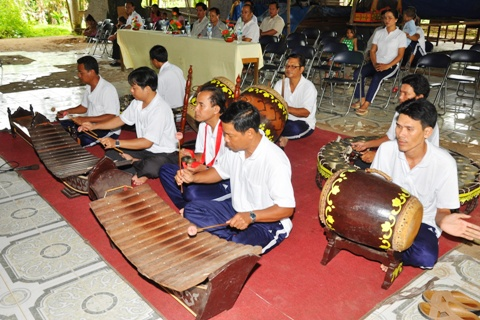 5-tone musical instrument of the Khmer Colorful Vietnam-Vietnam's 54 ethnic groups