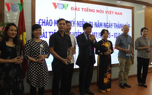 vov develops on par with vietnam's international integration hinh 0