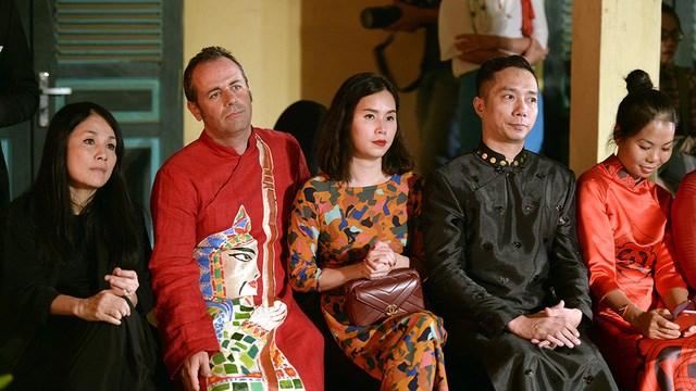 tourism promotes vietnam's ao dai hinh 0