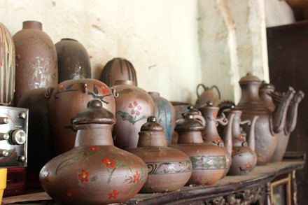 the rustic pottery art of huong canh hinh 0