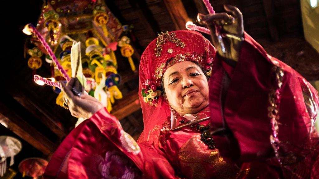 The unique Mother Goddess Worship of Vietnam Sunday Show