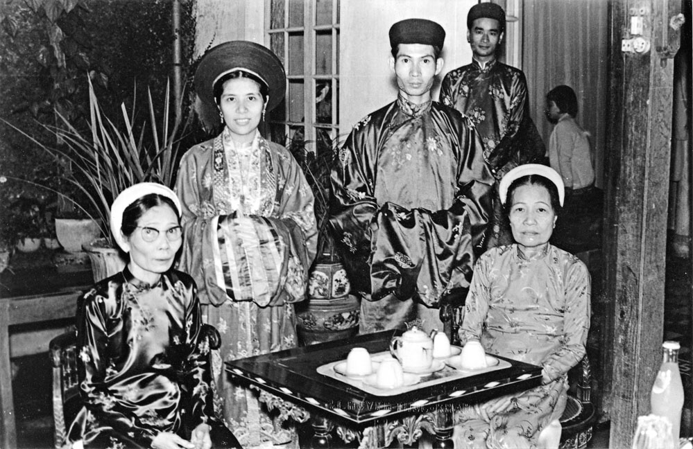 love and marriage in vietnam's history and customs hinh 1