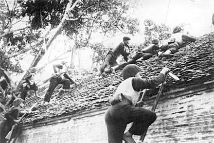 erinnerungen an hanoi im winter 1946 durch geschichtliche gegenstande hinh 0