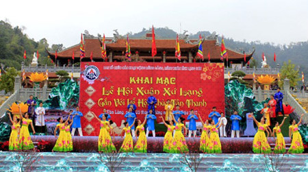 festival-festival awal musim semi kental dengan identitas budaya bangsa hinh 0