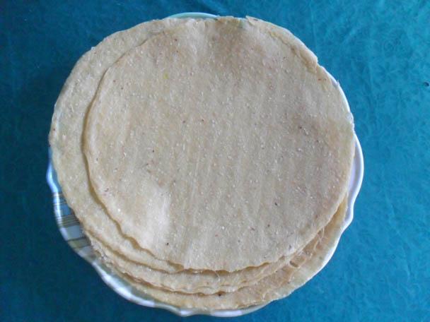 Kết quả hình ảnh cho Bánh đa khoai Làng Lủ
