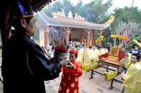 Muong ethnic people honor Mother of Saint Tan Vien