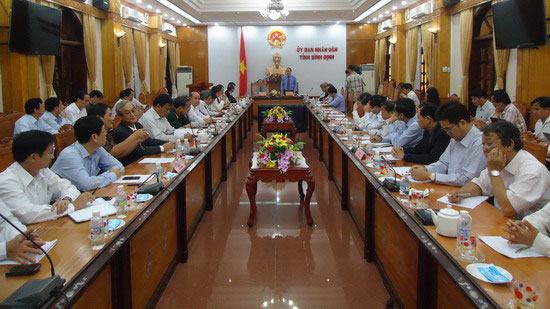 Deputy Prime Minister works with Binh Dinh
