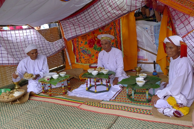 The Cham ethnic groups in Vietnam Colorful Vietnam-Vietnam's 54 ethnic groups