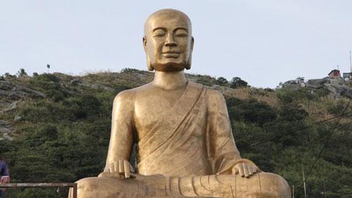 Truc Lam Zen's spirit of entering into life Culture