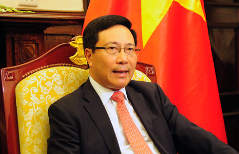 Deputy Prime Minister Pham Binh Minh meets foreign leaders during NAM Summit