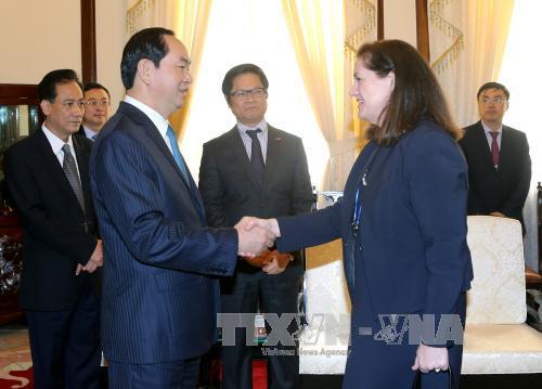 President Tran Dai Quang receives President of US National Centre for APEC
