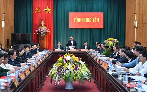 prime minister calls on hung yen to attract more investment hinh 0