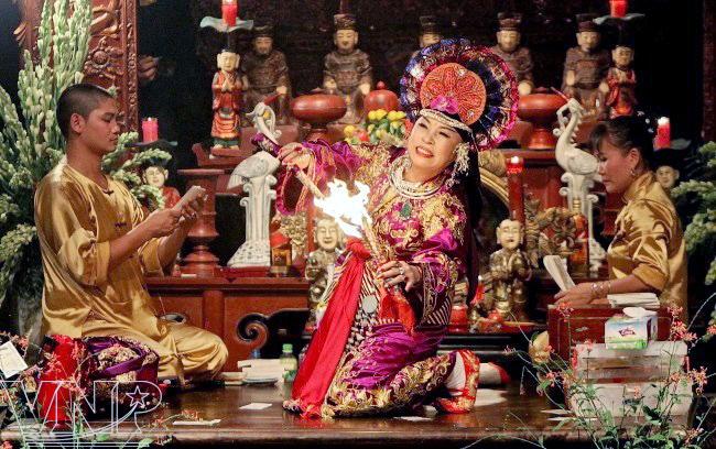 culto a las diosas madres de tres reinos, de una creencia popular al patrimonio de humanidad hinh 1