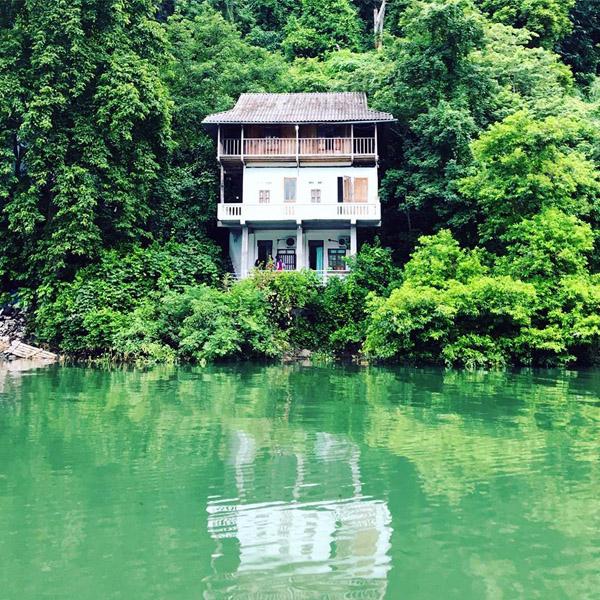 ambiente pacifico en lago ba be hinh 5