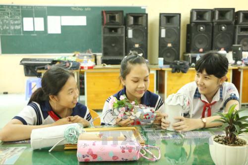 colegio de an lac thon estimula pasion por las ciencias en sus alumnos hinh 0