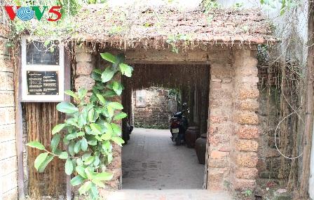antiguo villorrio duong lam, territorio de dos reyes hinh 1