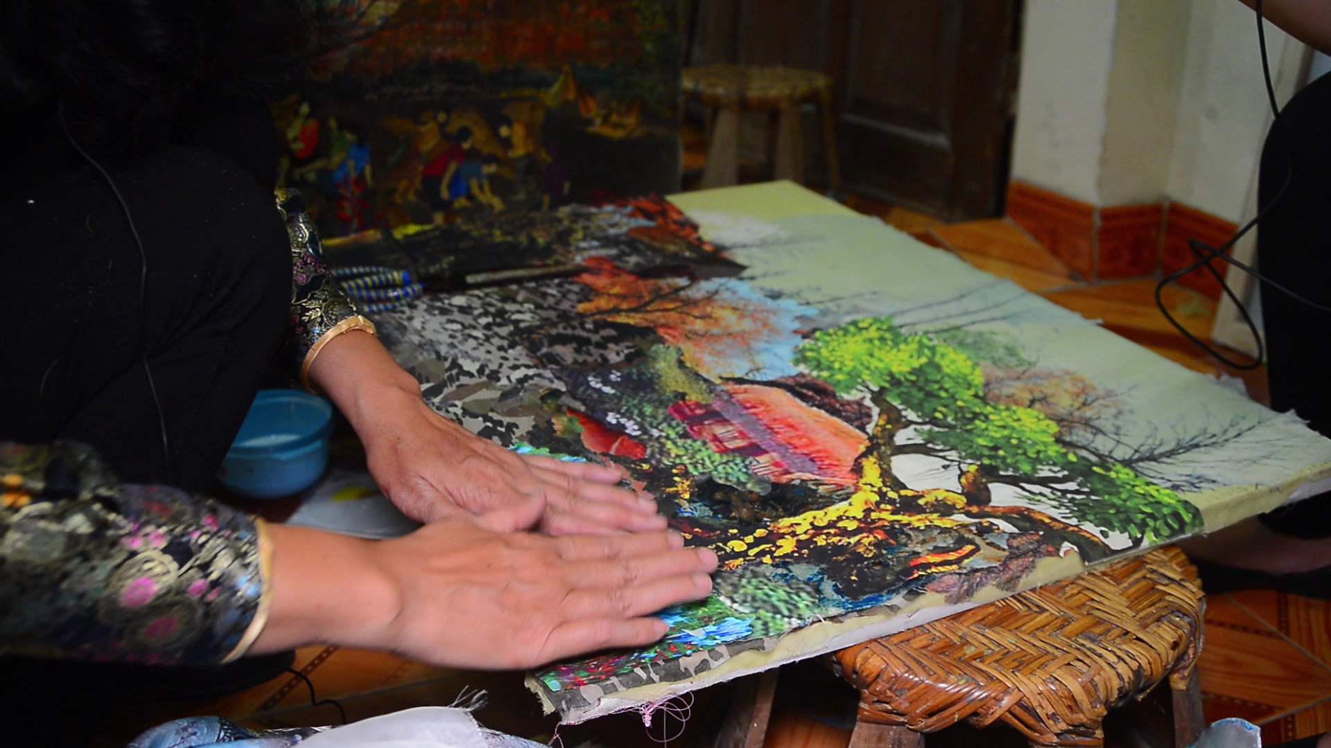 tran thanh thuc y su amor por las pinturas de tela hinh 2