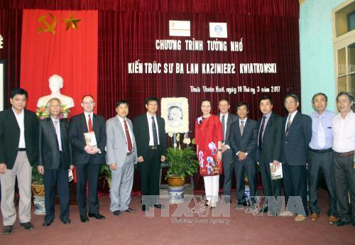 recuerdan en vietnam aportes de arquitecto polaco en preservacion de patrimonios hinh 0