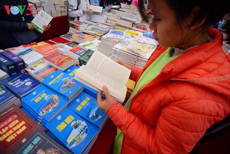 vietnam prioriza ampliar movimiento de lectura en toda la sociedad hinh 0