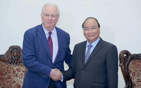 pm vietnam, nguyen xuan phuc menerima profesor, thomas vallely dari universitas harvard, as hinh 0