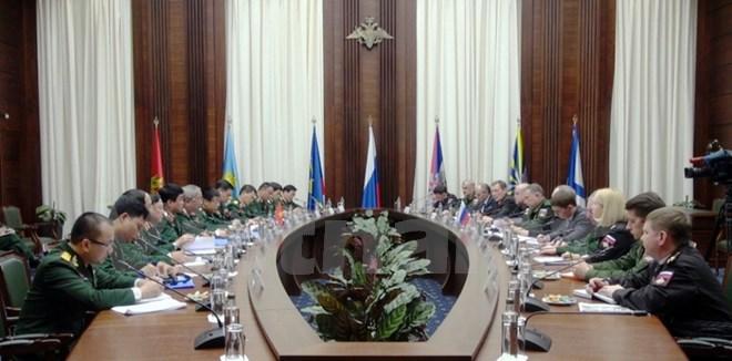 вьетнам и россия активизируют сотрудничество в области обороны hinh 0