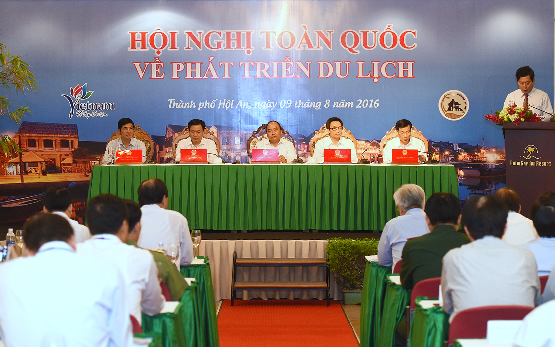 нгуен суан фук предложил решения для развития туристическои отрасли страны hinh 0