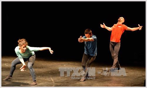 в хошимине открылся международныи фестиваль «современныи танец: встреча азии и европы» hinh 0