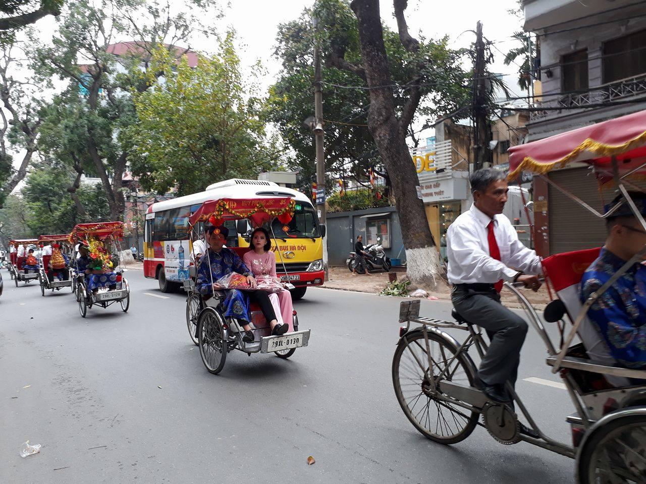 велорикша – культурно-туристическая красота ханоя  hinh 3