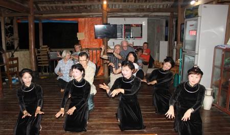 北绒村——北(氵)件省家庭寄宿旅游服务的典范乡 hinh 2